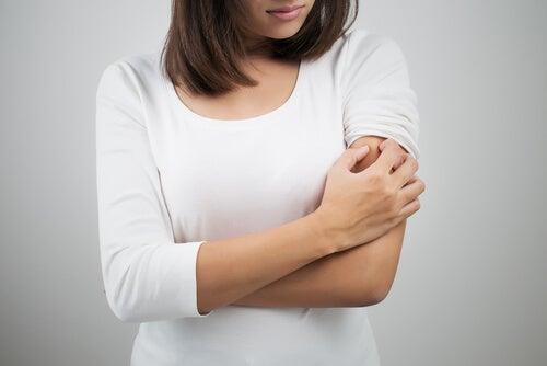 Los granitos en los brazos y la intolerancia al gluten
