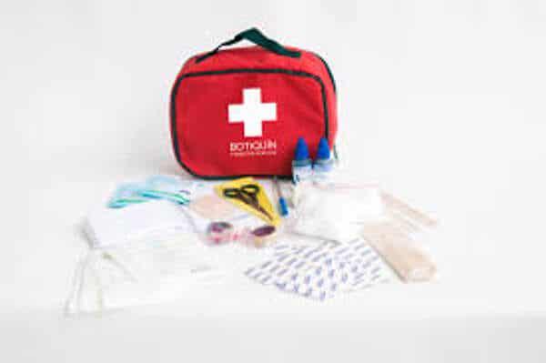 10 artículos que deben estar en tu botiquín de primeros auxilios