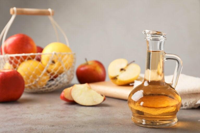 Cómo hacer un antibiótico natural a base de ajo y vinagre de manzana
