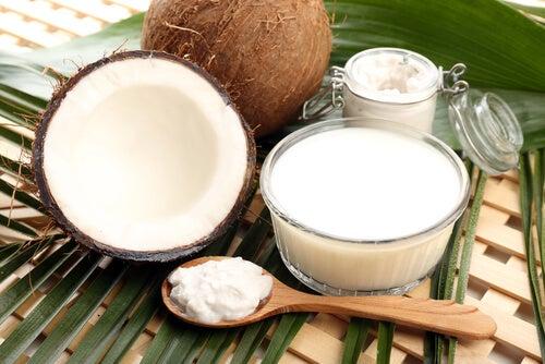 6 increíbles beneficios del aceite de coco
