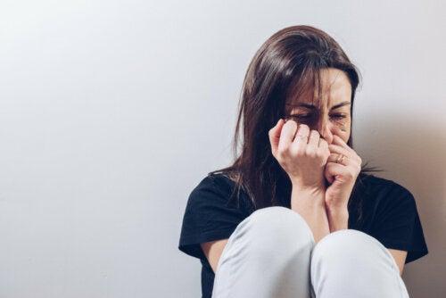 Heridas que no cicatrizan: neuropsicología del maltrato a la mujer