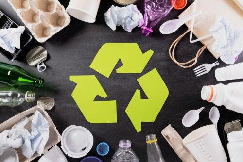 7 cosas que no deberías tirar a la basura si te importa nuestro planeta