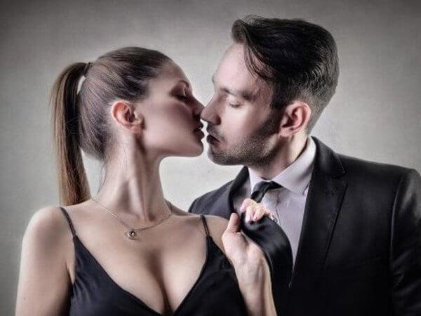 """Cuando el amor lleva implícita la palabra """"posesión"""""""