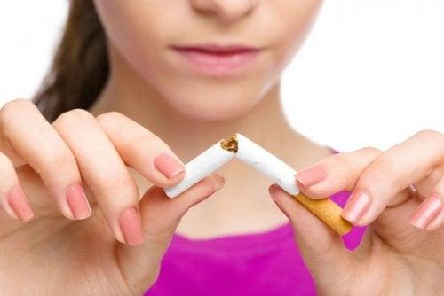 Que vídeo ayudará dejar fumar