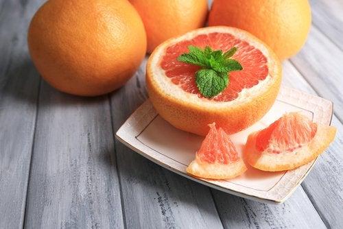 Claves para evitar ganar peso con los años: cuidado con las dietas bajas en calorías