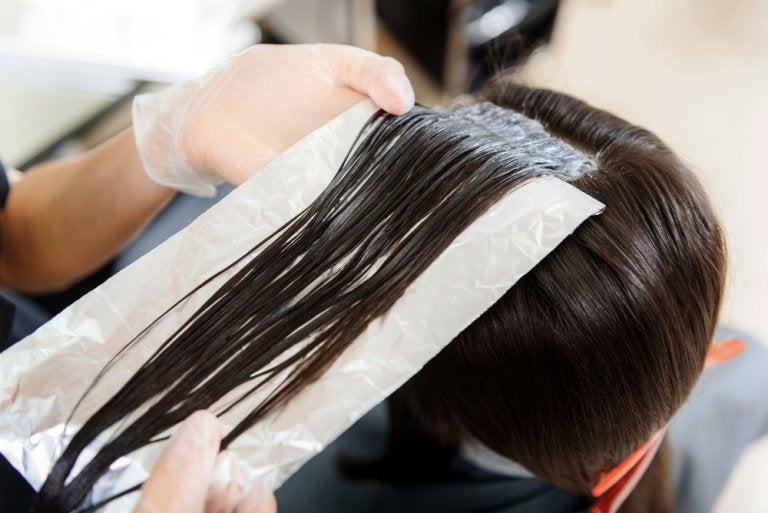 ¿Has usado alguna vez el papel de aluminio en el pelo?