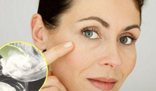 Tratamiento casero para las arrugas y cicatrices, ¡con solo dos ingredientes!
