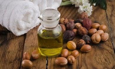 Aceite de jojoba para el efecto eléctrico en el cabello