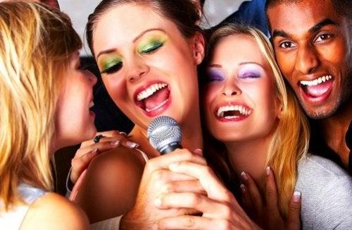 cantar crea vínculos