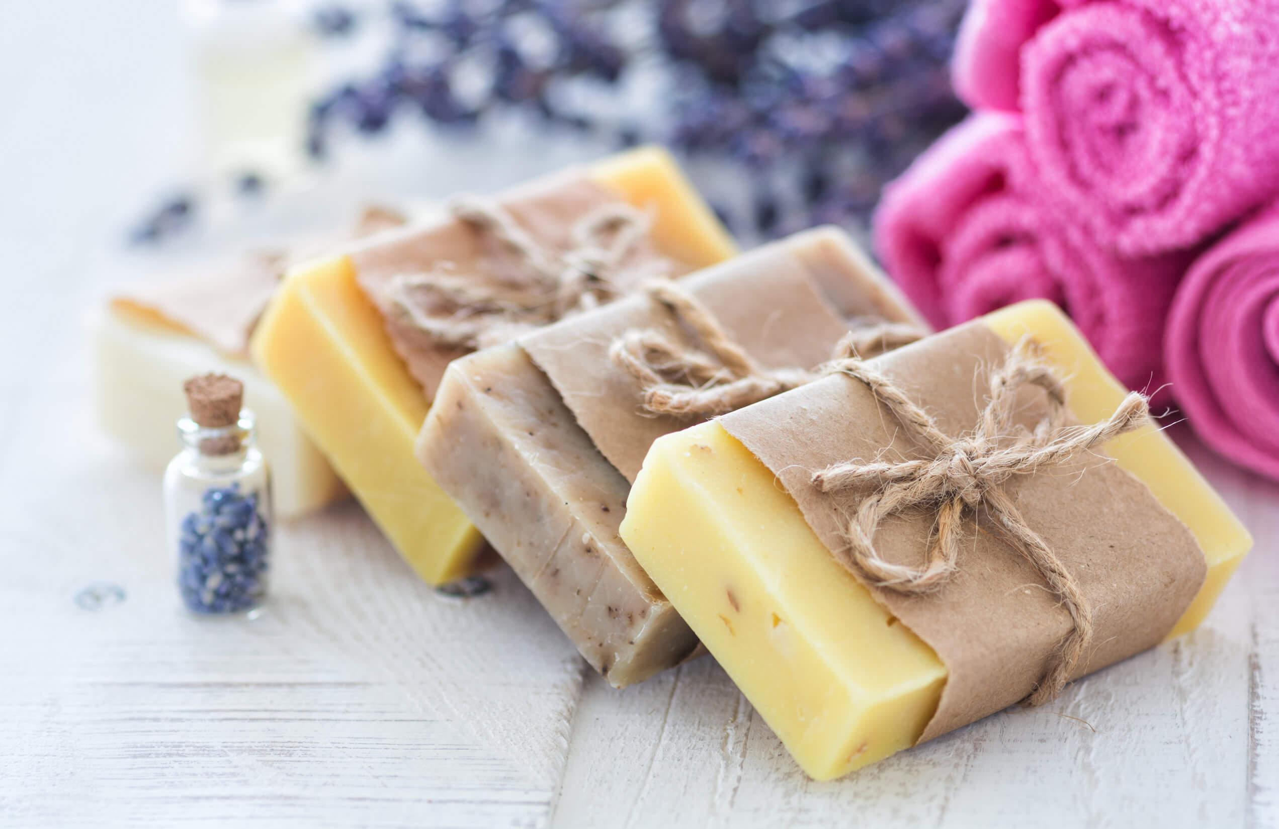 13 usos que le puedes dar al jabón neutro en tu hogar