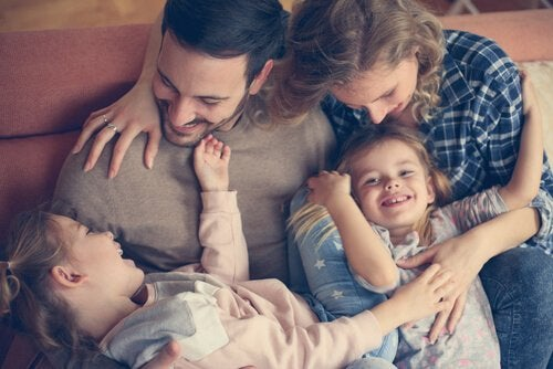 Los abrazos que nos dan nuestros hijos son regalos para el corazón