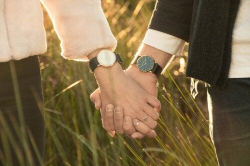 Valora a quien te dedica tiempo, algo que no se recupera