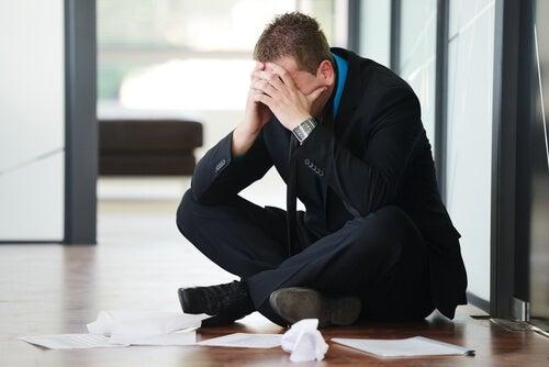 Cómo puede afectarnos el estrés laboral