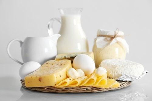Lácteos enteros perjudiciales para nuestras articulaciones.