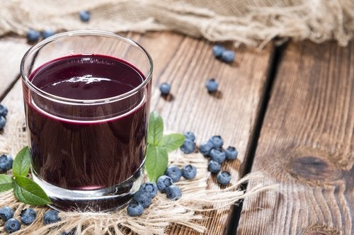 A glass of blueberry juice