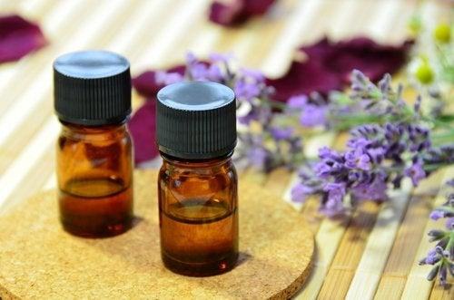 aceite esencial de lavanda contra el acné
