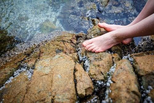 agua fría-para los pies