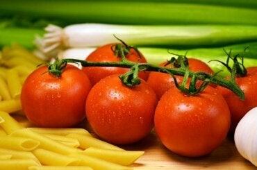 Aprende a cultivar tomate en casa