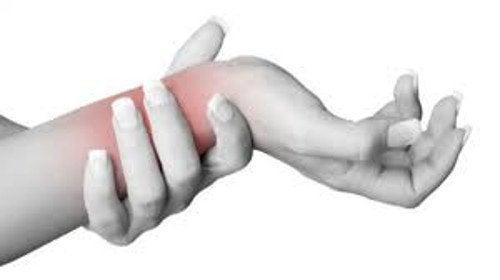 la-columna-está-conectada-otros órganos-brazos-dormidos