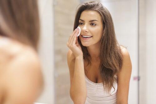 Cómo mejorar el aspecto del rostro sin usar maquillaje
