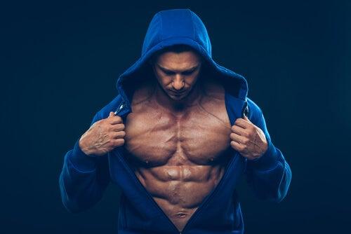 músculos hipertrofiados y testosterona alta