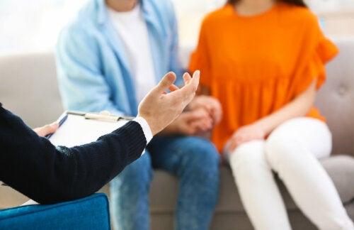 ¿Cuándo debo ir con mi pareja a terapia?