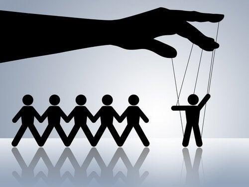 manipular-a-los-demás