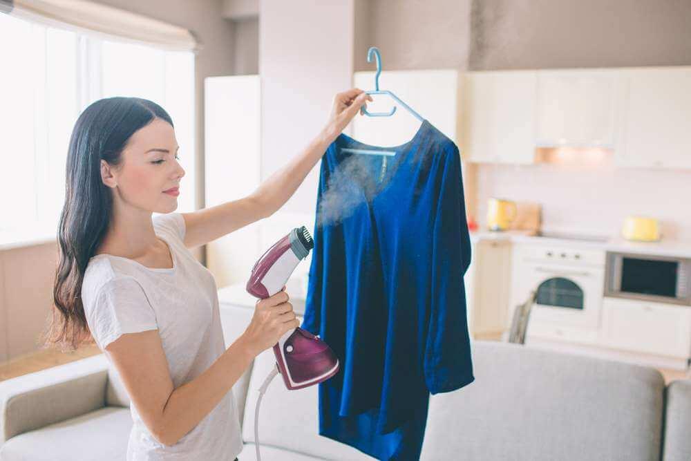 6 modos de quitar el mal olor de la ropa sin necesidad de...