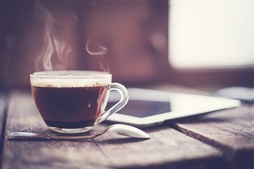 Alcohol y café