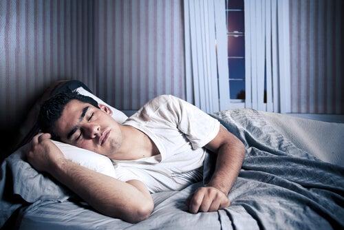 10 cosas que te suceden al dormir
