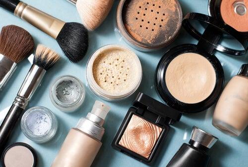 mitos cosméticos: fecha de caducidad