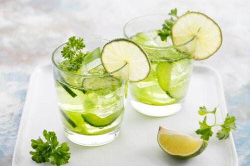 7 diuréticos naturales que debes incorporar a tu dieta
