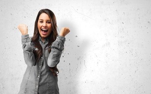 la felicidad reduce el ictus