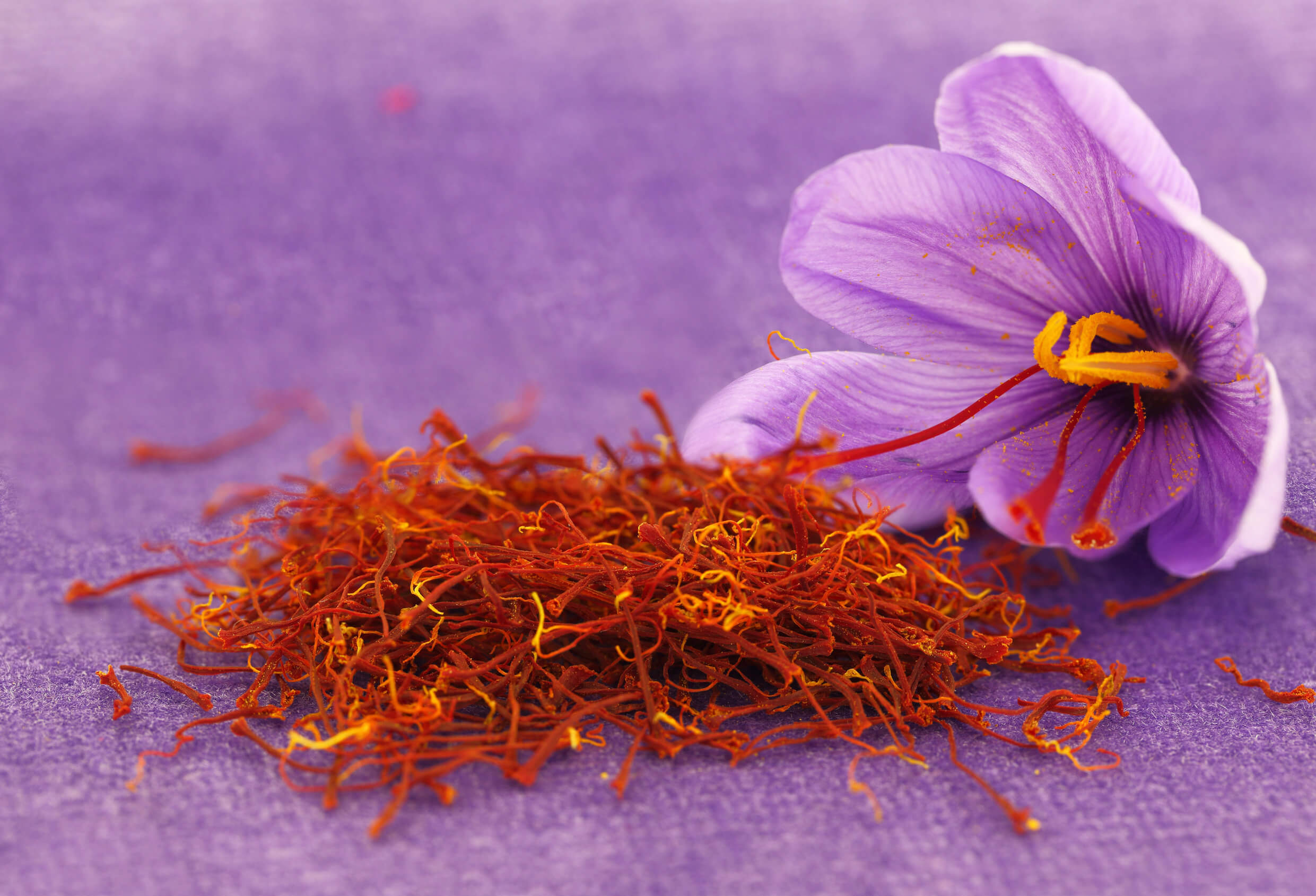 ¿Cuáles son los beneficios del té de azafrán?