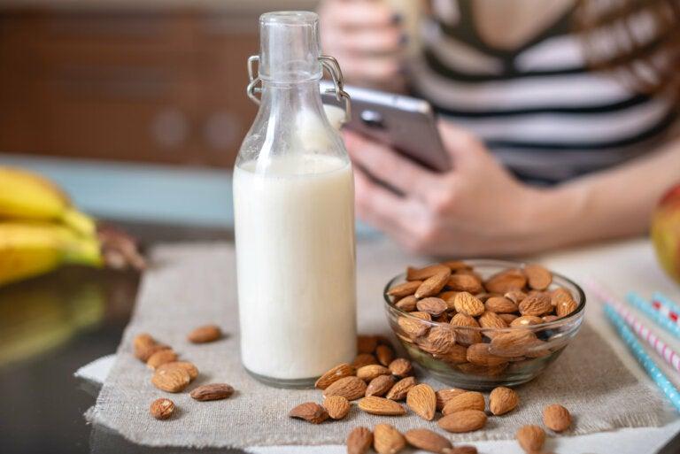 Beneficios para la salud de la leche de almendras
