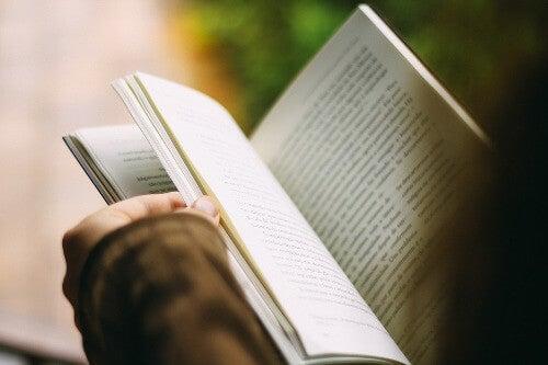 mejorar-tu-salud-mental-leer