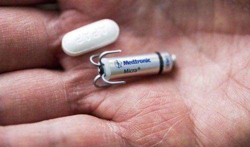Micra: el marcapasos más pequeño del mundo que se implanta sin cirugía