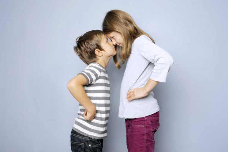 Cómo evitar los celos y la rivalidad entre hermanos