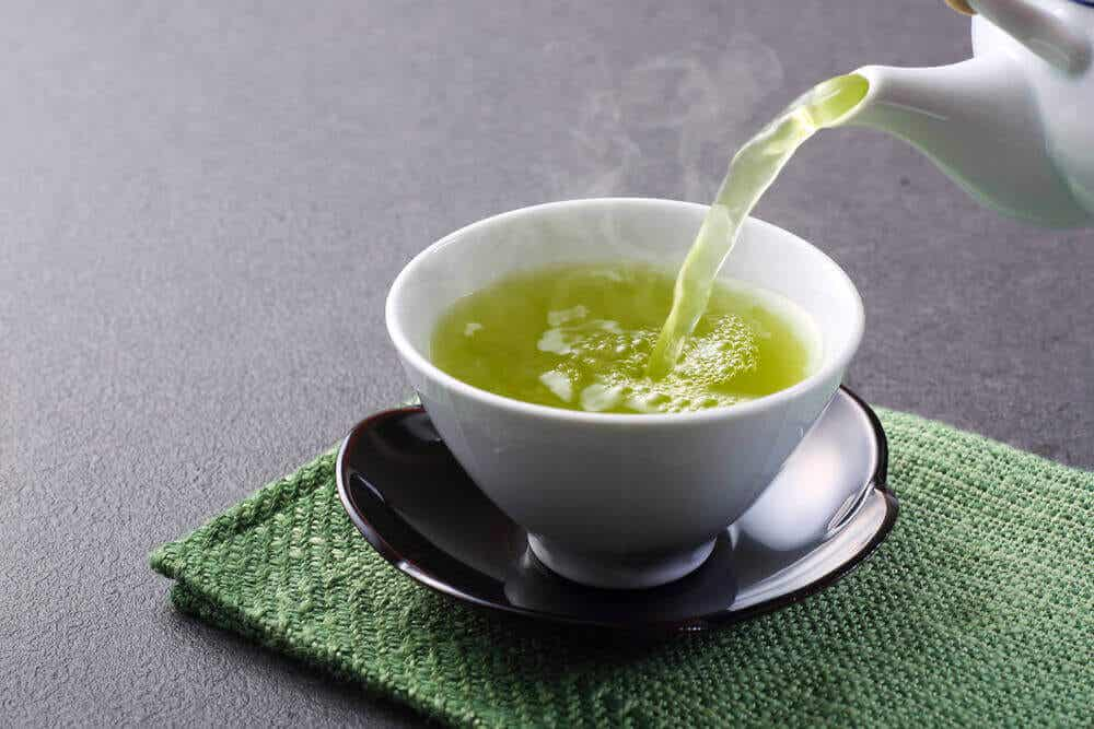 Beneficios que obtienes si tomas té verde cada día
