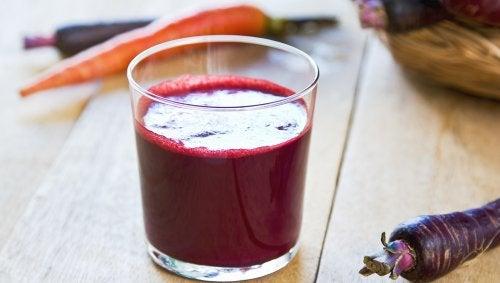 zumo-zanahoria-morada