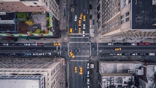 Vista panorámica de una gran ciudad.