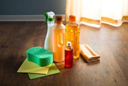 Limpiador del hogar con olor