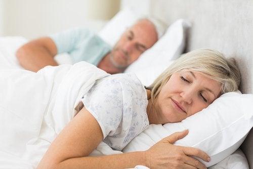 Qué hacer si hablamos dormidos