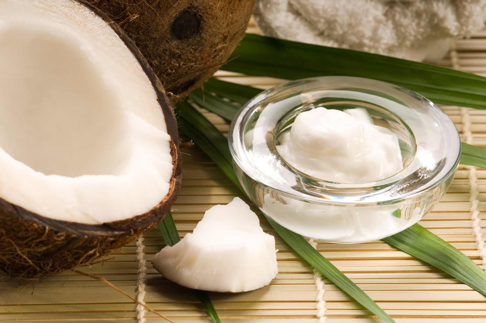 Cómo usar el aceite de coco como cosmético natural