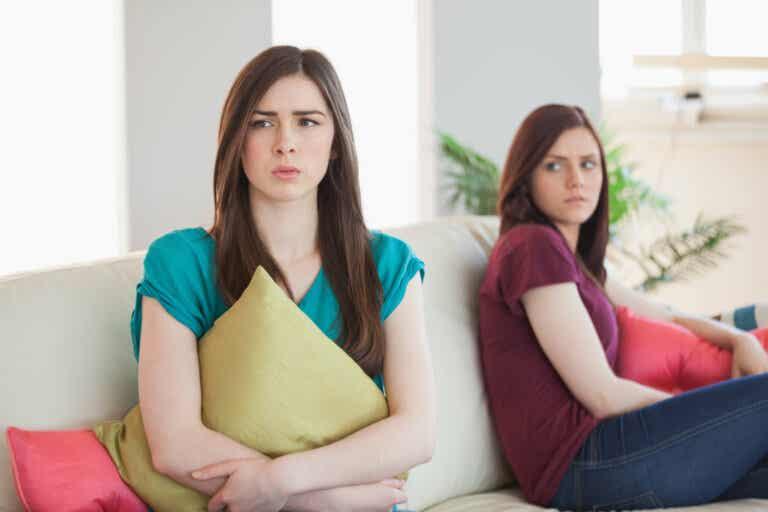 7 signos de que debes terminar una relación de amistad
