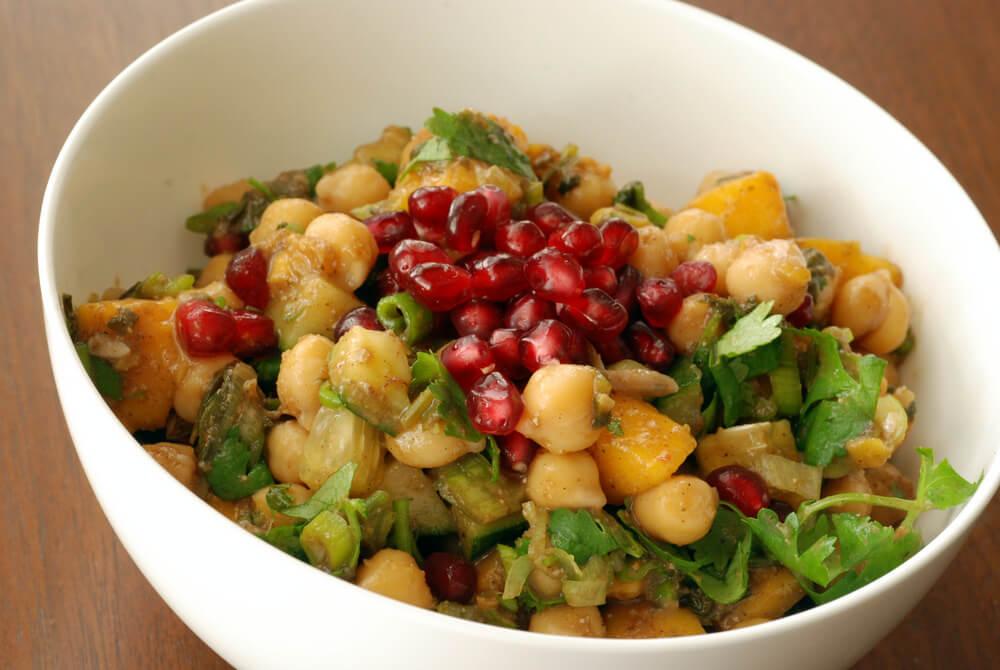 Las legumbres como los garbanzos ayudan a perder grasa