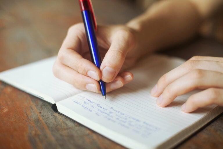 Escribir ayuda a cerrar heridas