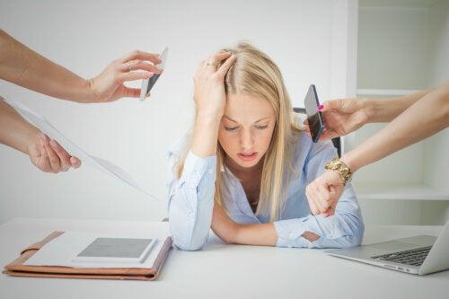 6 formas de enfrentar la vida cuando te sientes sobrepasado