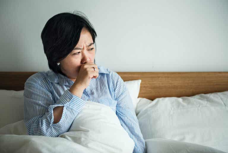 6 remedios caseros para aliviar la tos