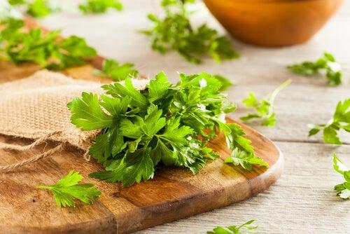 Ingredientes para preparar batatas Alfredo